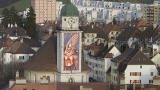 En 2002, un calendrier de l'Avent géant à La Chaux-de-Fonds