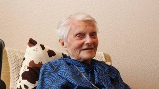 Carnet noir: la femme la plus âgée de Suisse est décédée à l'âge de 112 ans