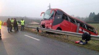 Mâcon: peine avec sursis pour le chauffeur du car accidenté sur «la route de la mort»