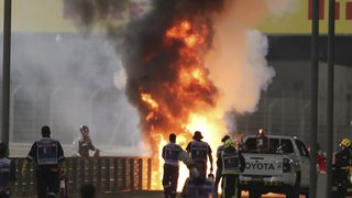 Formule 1 – GP de Bahreïn: spectaculaire accident de Grosjean, victime de brûlures légères