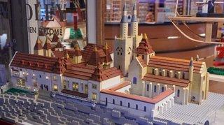 La ville de Neuchâtel en 100000 briques