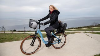Nouvelle conseillère communale de Neuchâtel, Nicole Baur quitte l'ombre pour la lumière