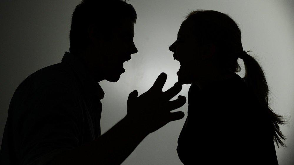Un couple d'avocats se disputent la garde de leur fille, enlevée par la mère à l'étranger il y a plus de sept ans (image d'illustration).