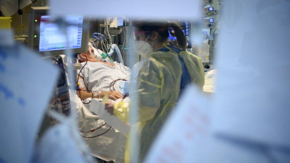 Les hospitalisations de patients atteints du Covid-19 baissent timidement dans le canton de Neuchâtel. Ici, les soins intensifs de l'hôpital Pourtalès, à Neuchâtel.