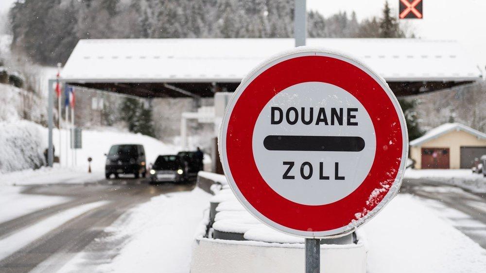En tant que Suisse, il n'est pas nécessaire de présenter un test négatif au Covid-19 pour passer la frontière.