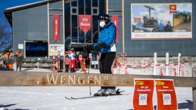 La FIS avait pourtant confirmé dimanche la tenue des courses du Lauberhorn.