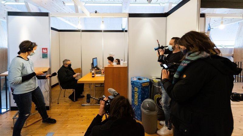 Dans l'incertitude, l'équipe de Festi'neuch s'engage au centre de vaccination Covid