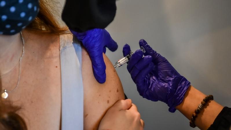 Covid-19: les premiers Neuchâtelois seront vaccinés dès lundi