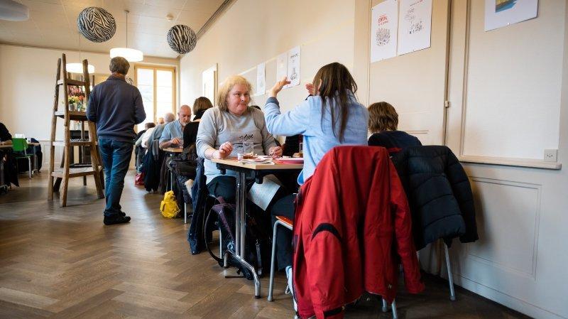 Neuchâtel: le repas de Noël de Caritas a attiré les gourmands et les gens seuls