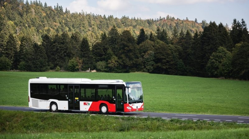 Dès décembre 2021, les bus jurassiens ne seront plus exploités par les CJ mais conserveront les couleurs rouge et blanc.