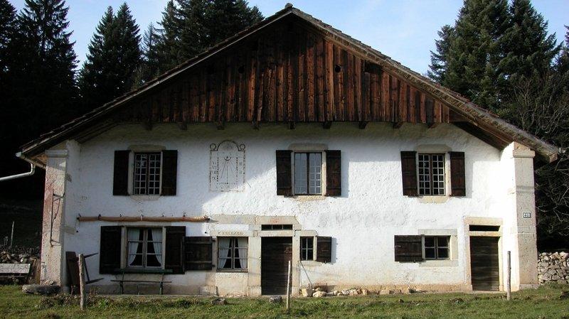 La ferme du Crêt-du-Locle 48 est reconnue pour sa valeur patrimoniale.