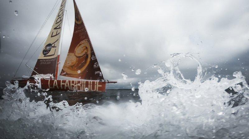 """Voile – Vendée Globe: Alan Roura a réparé """"La Fabrique"""""""