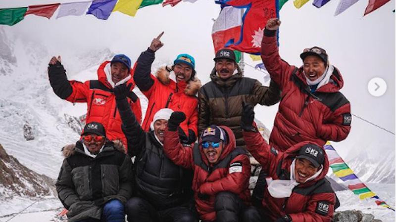 Alpinisme: des Népalais réussissent la première ascension hivernale du K2, un exploit
