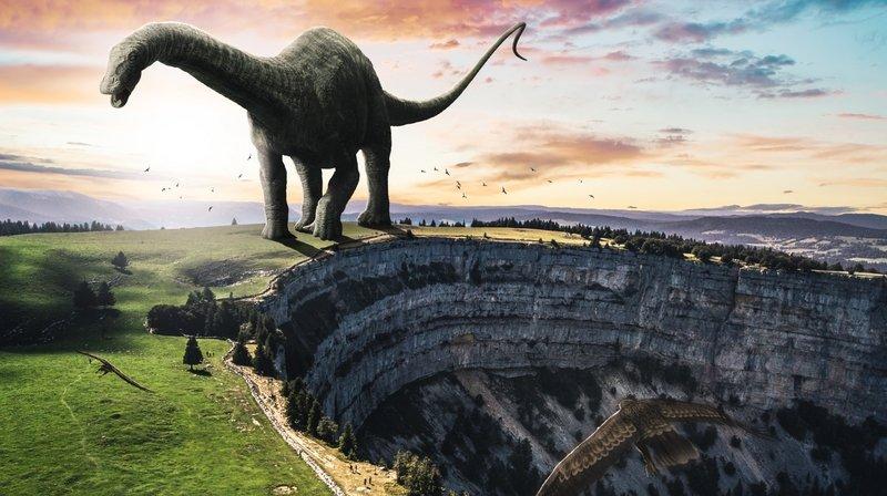 Un dinosaure se balade au Creux-du-Van.