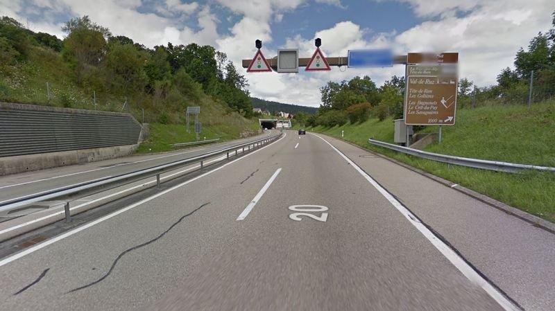 L'accident s'est produit peu avant le tunnel sous les Hauts-Geneveys.