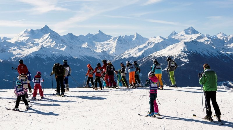 Camps de ski maintenus pour certains élèves du canton de Neuchâtel