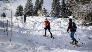 Boom des ventes de raquettes à neige à Neuchâtel