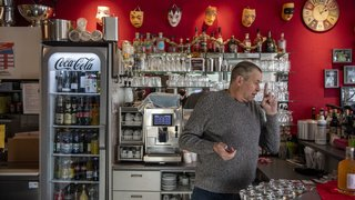 Coronavirus: pour protester, plus de 300 restaurateurs et commerçants suisses ont rouvert lundi