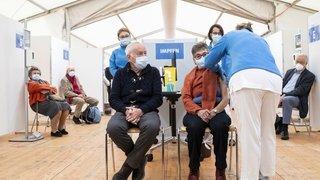 Coronavirus et vaccins: la Suisse a-t-elle les moyens d'aller plus vite?