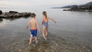 De plus en plus de «givrés» dans le lac de Neuchâtel en hiver