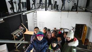 Val-de-Travers: la classe Passer'ailes décore les Mines d'asphalte