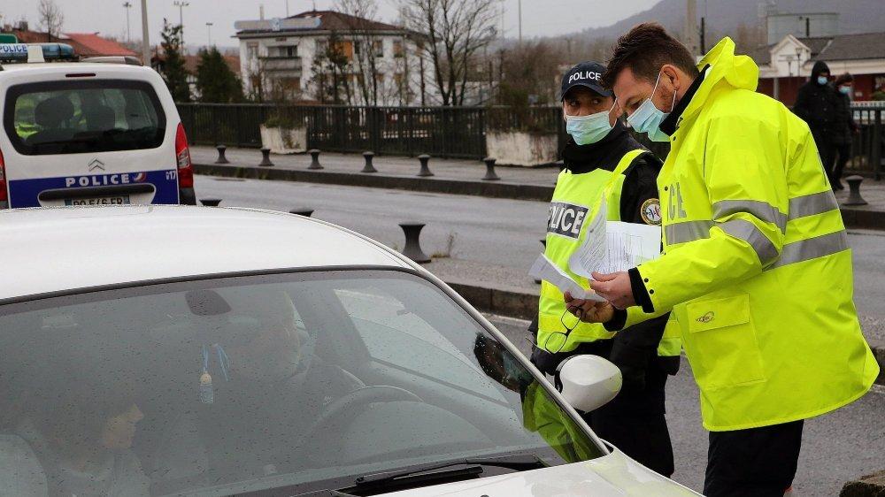 Les contrôles aléatoires seront intensifiés aux frontières et dans la zone frontalière dans les prochaines jours, souligne la préfecture du Doubs.
