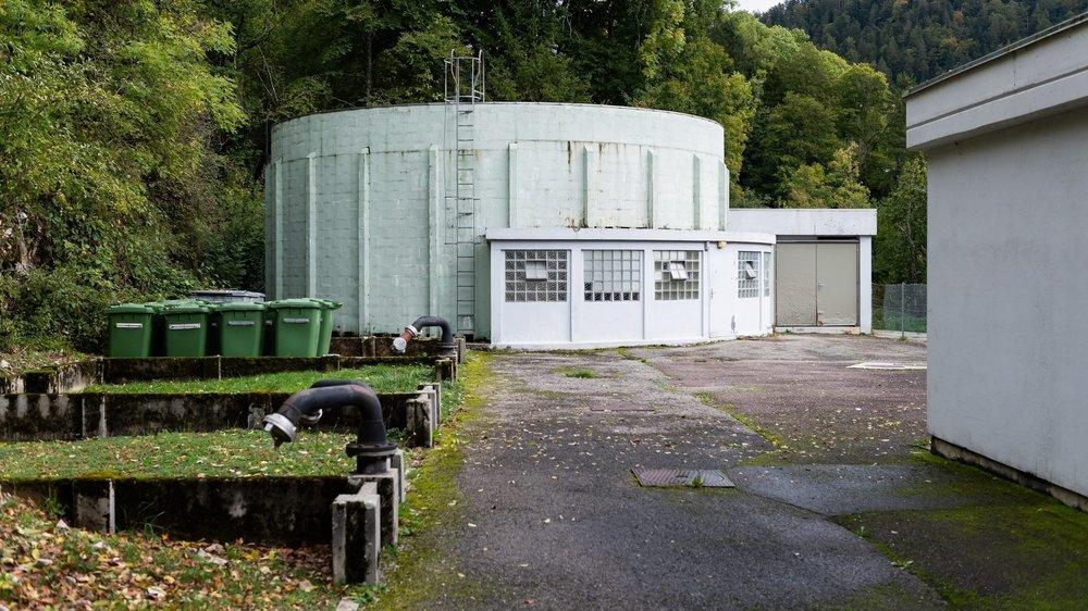 La station d'épuration des eaux des Brenets, qui date de 1967, est essoufflée et ne peut pas traiter les micropolluants.