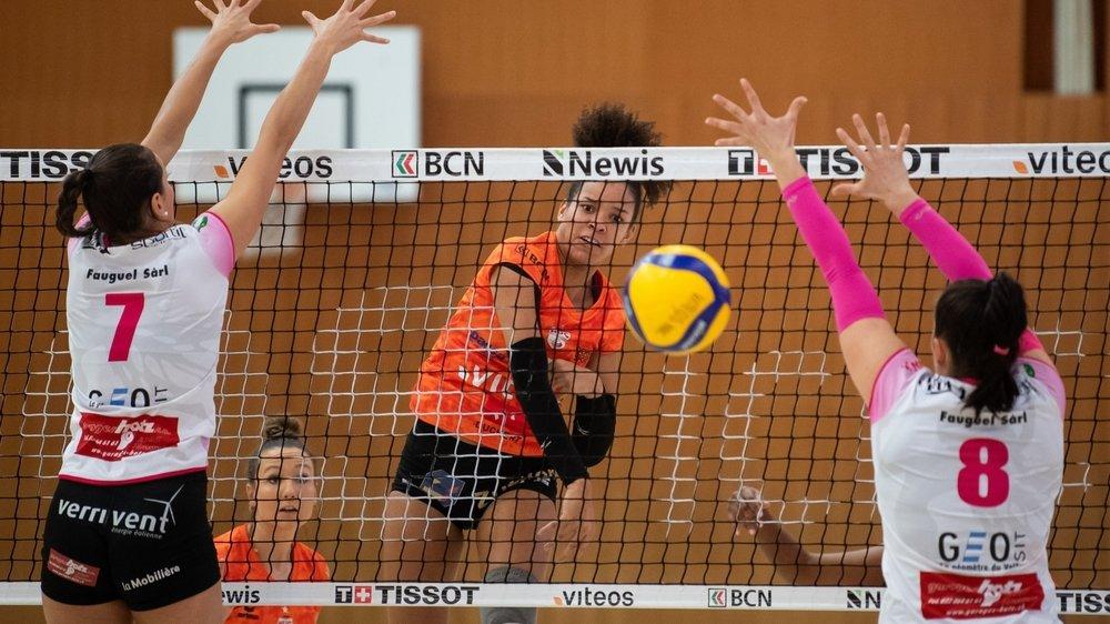 Le NUC et Valtra se retrouvent pour la deuxième fois de la saison. Lauren Page et ses coéquipières avaient battu le Valtra de Joséphine Suhr (7) et Vanessa Gwerder (8) 3-0 à la Riveraine, en novembre 2020.