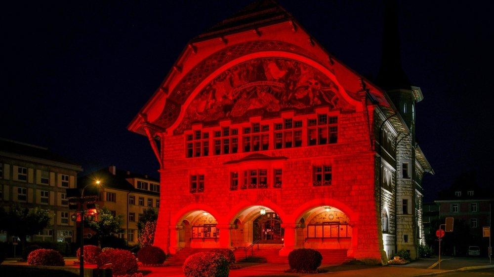 Le Locle, ici l'Hôtel-de-Ville, est passé sous la barre symbolique des 10 000 habitants.