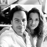 1001 Harmonies: La vie à deux... pianos!