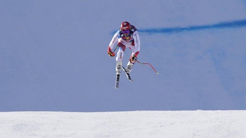 Ski alpin: Beat Feuz victorieux de la descente de Kitzbühel, Urs Kryenbühl victime d'une lourde chute