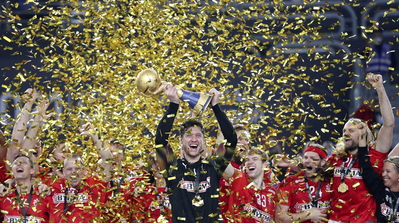 Le gardien danois Niklas Landin et ses coéquipiers ont battu la Suède 26-24 en finale pour s'adjuger un deuxième titre mondial d'affilée.