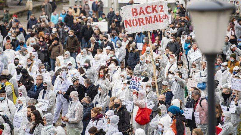 Coronavirus: une pétition récolte plus de 87'000 signatures pour la fin du confinement