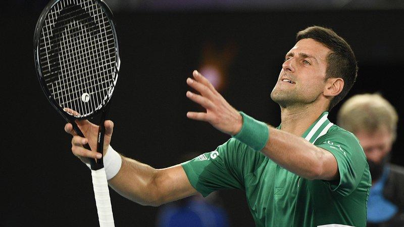Novak Djokovic se qualifie pour les demi-finales de l'Open d'Australie.