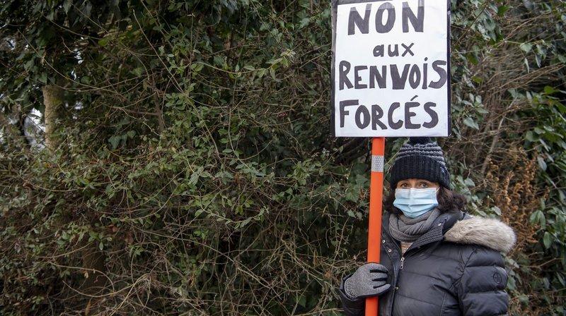 Manifestation à Genève pour dénoncer le renvoi forcé des requérants éthiopiens.