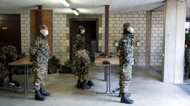 La caserne neuchâteloise de Colombier barricadée contre le Covid