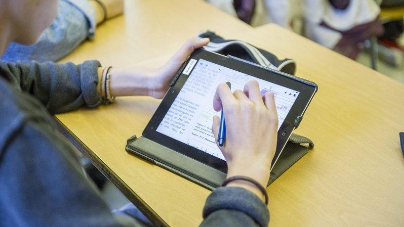 Neuchâtel: des députés au secours des conditions d'examens des étudiants