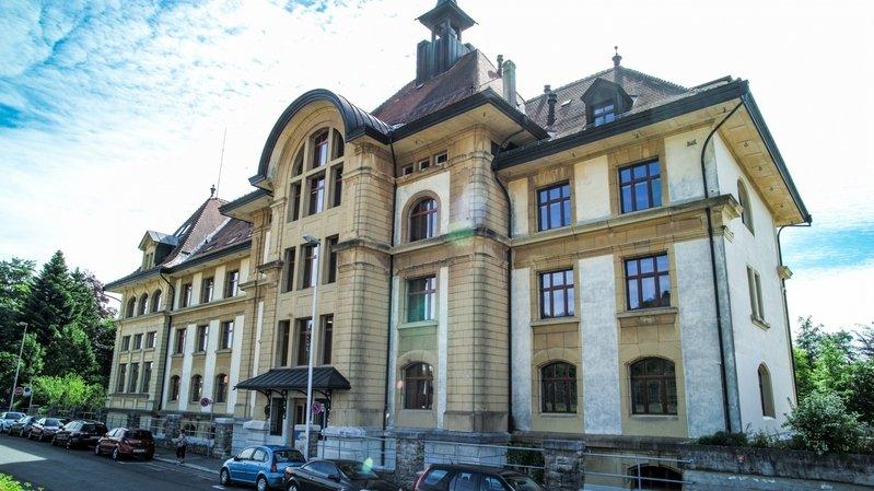 Le canton de Berne a accordé un crédit de 6,5 millions de francs à l'institution. Ici, les locaux de la HEP-Bejune à La Chaux-de-Fonds.