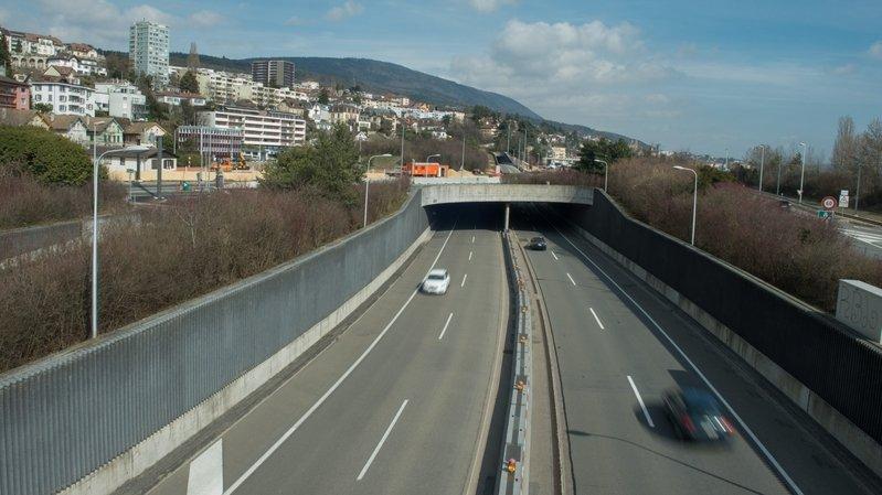 Deux accidents sans blessé dans les tunnels sous Neuchâtel
