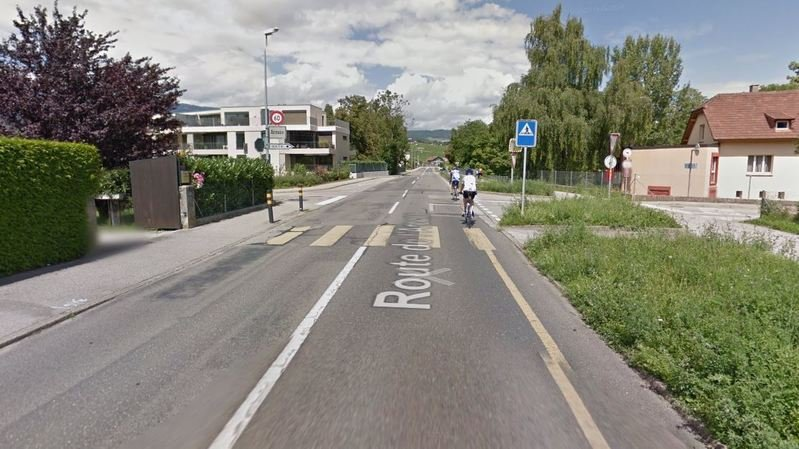L'accident s'est déroulé sur le passage piéton situé près du pont sur l'Areuse, sur la route menant de Colombier à Cortaillod.