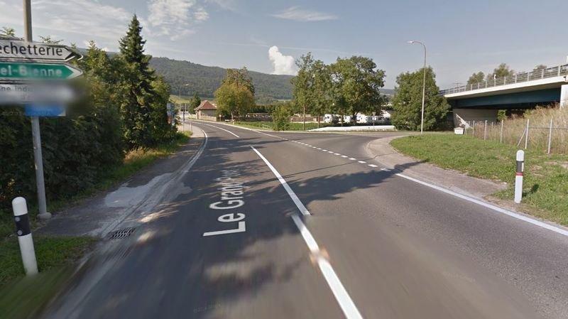 Un cycliste septuagénaire renversé à Cornaux