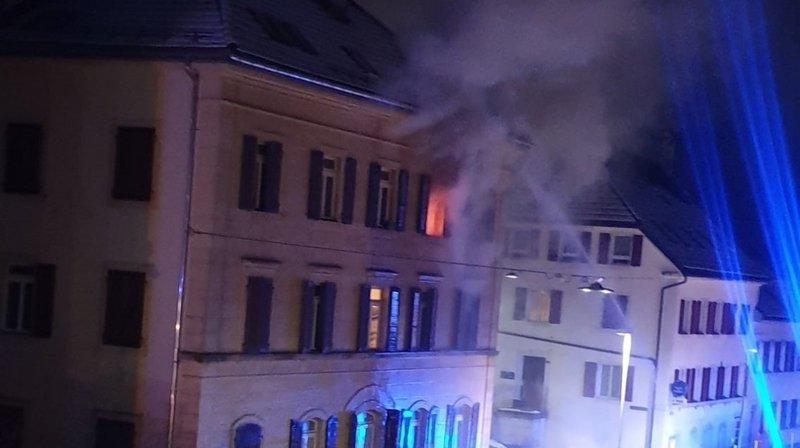 Un incendie au centre des Brenets