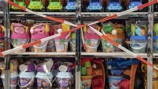 Des jouets en vente à la Migros: une commerçante vallonnière s'insurge