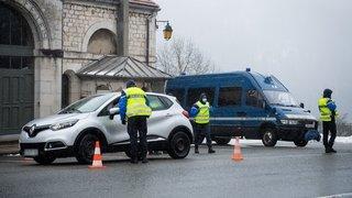 Covid-19: comment se déroulent les contrôles à la frontière française?
