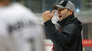 Hockey: Yves Sarault derrière la bande du HC Viège