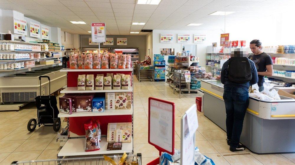 Les épiceries de Caritas (ici celle de Neuchâtel) ont enregistré une hausse de leur chiffre d'affaires en 2020.