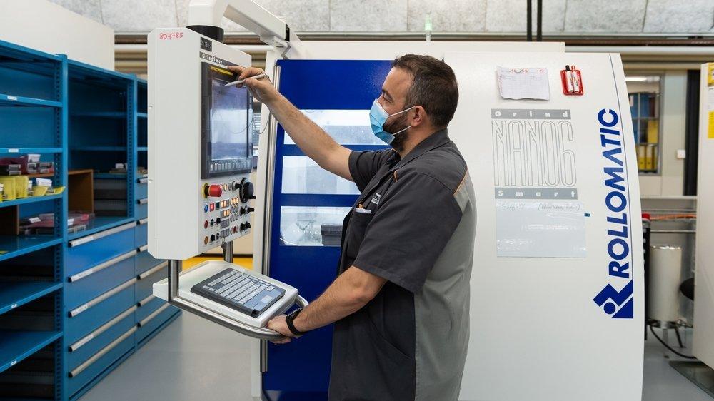Chez DIXI Polytool au Locle, la plateforme R-Connect permet de collecter des données machines, afin d'optimiser les processus de production. La maintenance prédictive n'est pas loin.