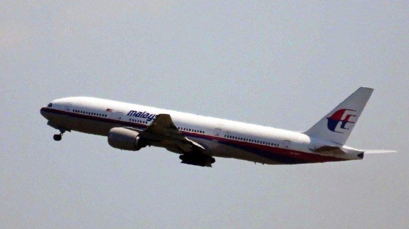 Boeing a demandé l'immobilisation au sol de 128 de ses avions commerciaux de type 777 avions dans le monde entier. (illustration)