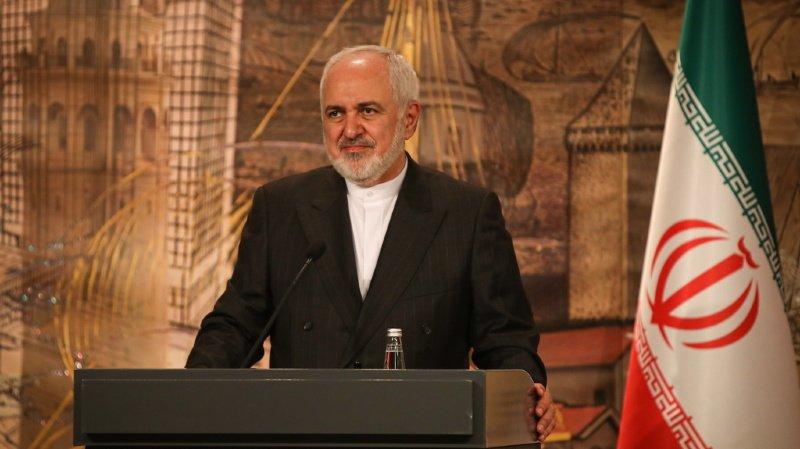 """Téhéran """"annulera immédiatement"""" ses mesures de rétorsion si les Etats-Unis """"lèvent sans condition toutes les sanctions imposées, réimposées ou rebaptisées par Trump"""", a tweeté le ministre iranien des Affaires étrangères, Mohammad Javad Zarif (ARCHIVES)."""