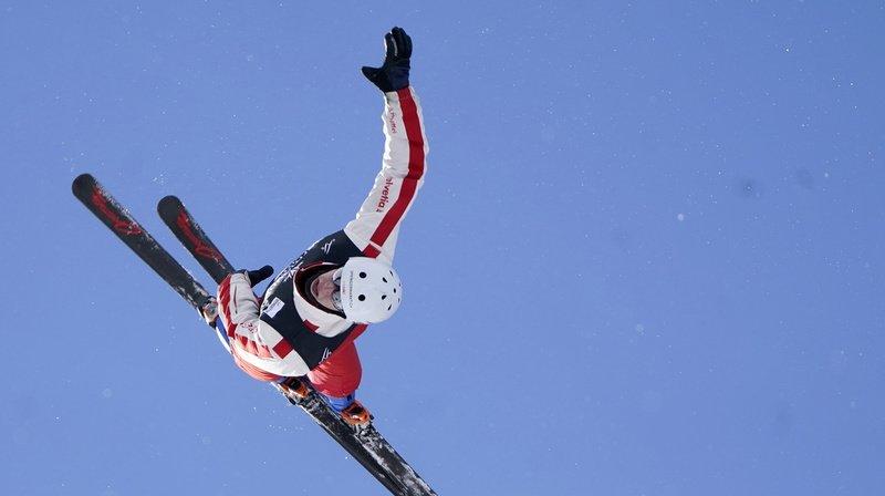 Ski freestyle: les Suisses signent un doublé historique en Coupe du monde d'aerials